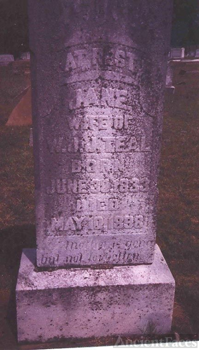 Grave of Ellen Jane Bobo (divorced from WJJ Teal)