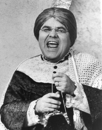Jonathan Winters, Comic