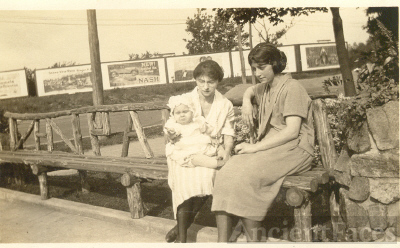 Ida Smith with daughter and friend