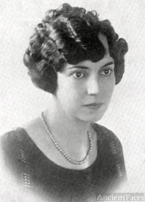 Hazel Raye Willoughby, Arkansas, 1925