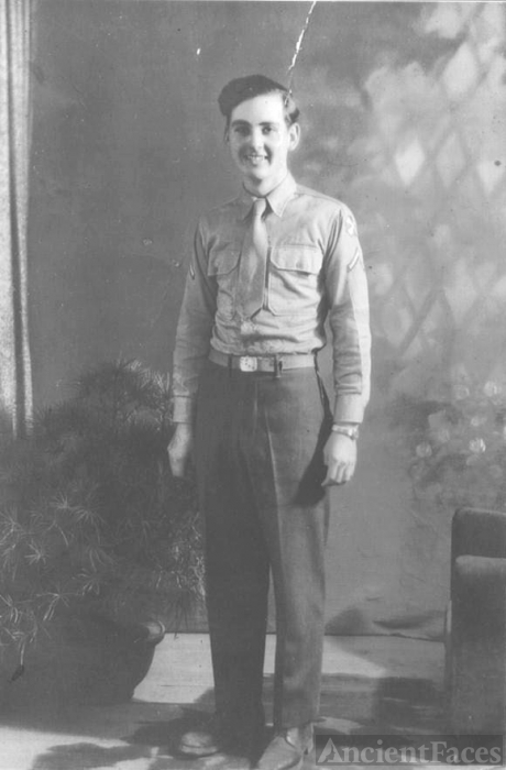 Dad  (RC Redmon), in the Army