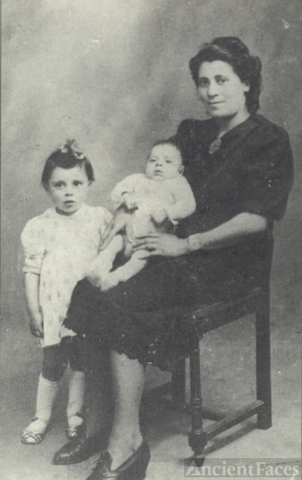 Sztajner children 1942