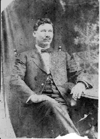Rufus Jones Chapman