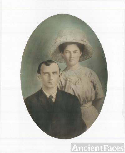 Frederick Hugo Mills and Mary Edna Stagner Mills