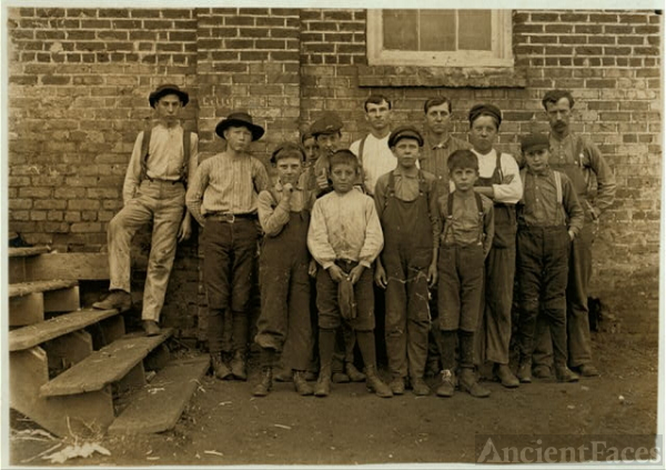 More youngsters in Newton Cotton Mills, N.C. Out of 150...