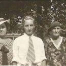 Myrtle Leffew Feasel & Leonard Leffew with their mother, Parlee