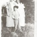 Lige, Bertha, & mama unknown