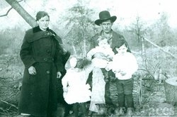 Mary & Joe Vail family, OK 1918