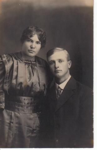Elsie (Honey) and Edgar Allison, New Mexico 1919