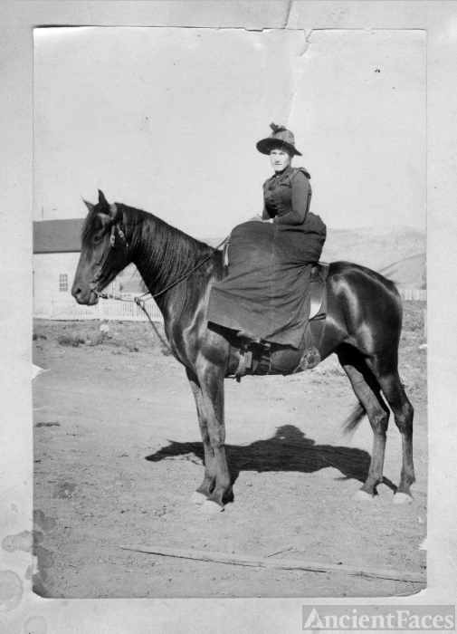 Mary Peterson, 1900 Idaho