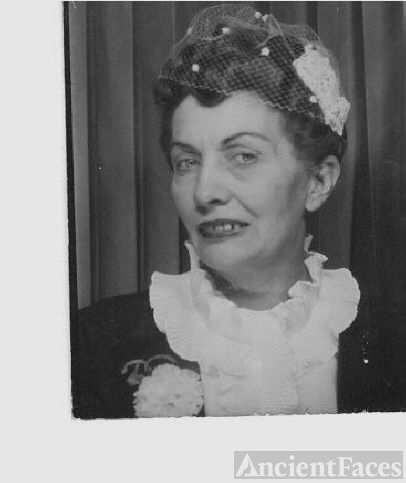 Grandmother Hallie Holmes Musselwhite