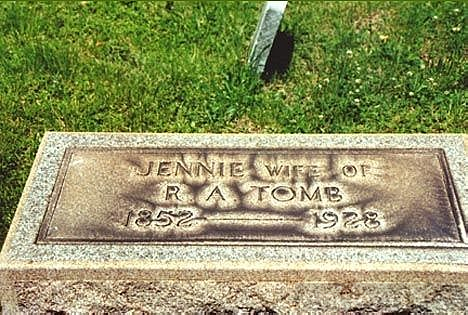 Headstone of Jennie Tomb