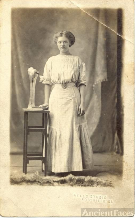 Unknown Hargraves Young Woman