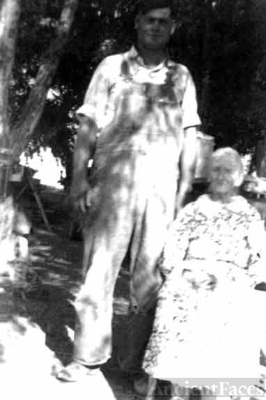 Freeman and his mother, Fannie Patchin