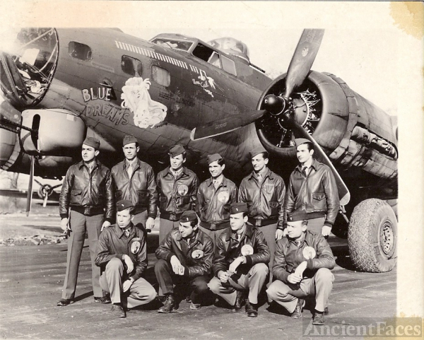 8th Air Force 323rd BG B-17 Blue Dreams Crew