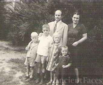 Jay and Lucille Whittington and children