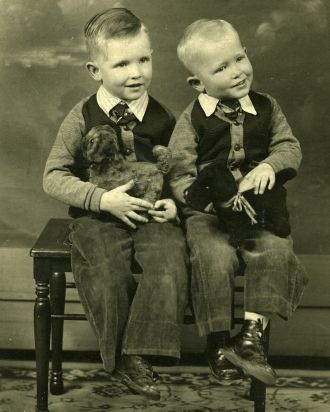 Darrel & Ray Nelsen, 1939