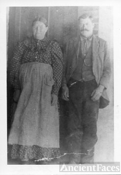 Rebecca (Jennings) Glidewell and Wilson P. Glidewell