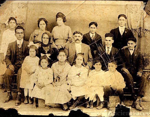 Jose Eutimio Puente and Family