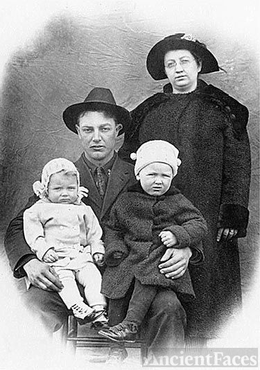 Henry Breidenbaugh Family