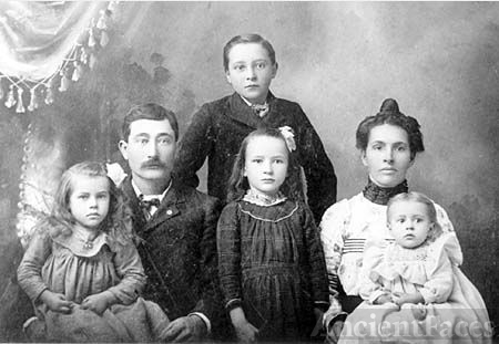 Arthur William Hinton Family