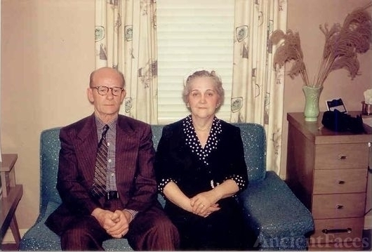 Mr and Mrs Clifton Maywood Hammett 1959