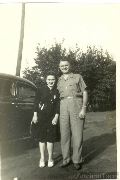 Lucille {Dyer} Wright with Unknown Man