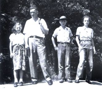 Barbara, Robert, John, & Mary Klawitter, IL 1953