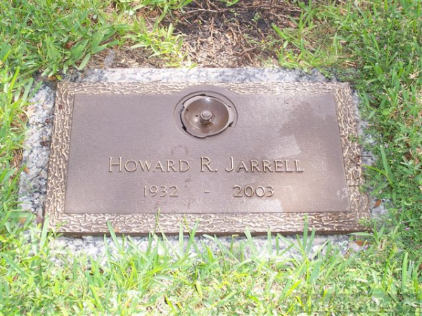 Grave marker for Howard Raymond Jarrell