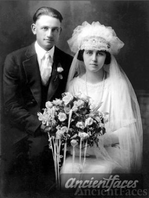 Leo and Lillian (Schmitz) Barthel, Wedding