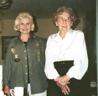 Virginia Dow and aunt, Elma Roth Marks