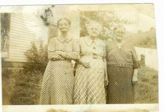 3 unknown women