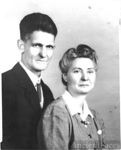 Walter Tracy Thompson & Fannie Susan Robertson-Thompson