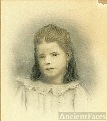 unknown child, possibly Ada Wright born Measham