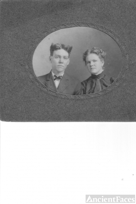 Nettie May and Clarence Haggard