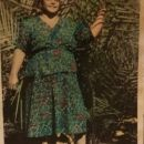 Dolores Lespron, Green dress
