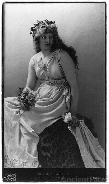[Mary (Anderson) de Navarro, 1859-1940, three-quarter...