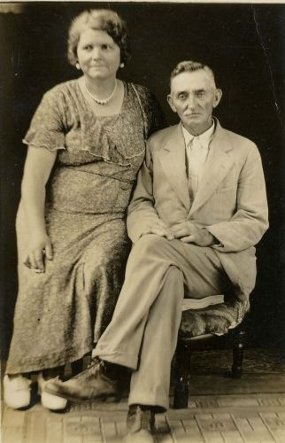 Unknown Tennessee Couple