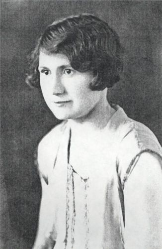 Young Esther Huck Eikmeier