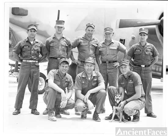Joe Dunnam & Airforce Crew