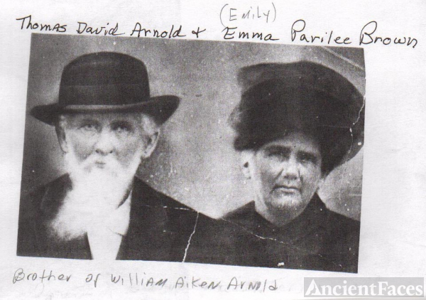 Thomas and Emma Paralee Arnold