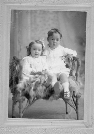 A photo of Lois and H. Arnold Johnson