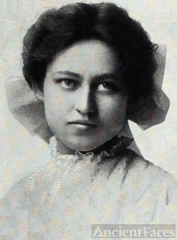 A. Laura Campbell, 1907, Missouri