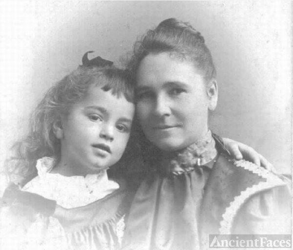 Josephine Moseley & Edith McAdam, 1897 Massachusetts
