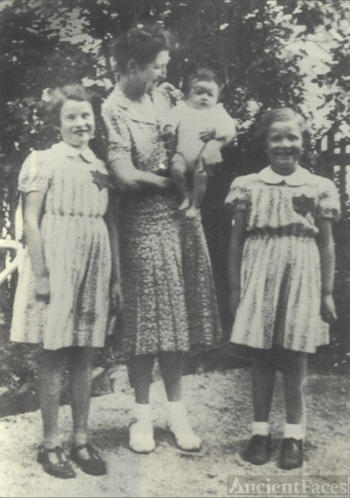 Weill family 1943