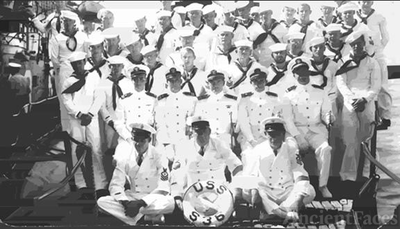 The crew of the USS S36
