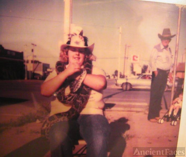 Daryla F (Luinstra) Fisher, rattler hunt