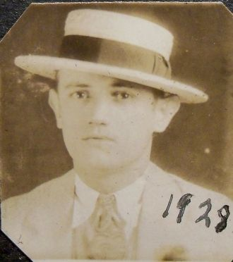 Unknown man in  straw boater, Louisiana