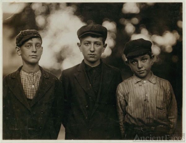 Three of the youngest boys working in Holden, Leonard...