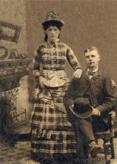 Warren Curtis, Mary MacJennet Wedding Photo 1890s